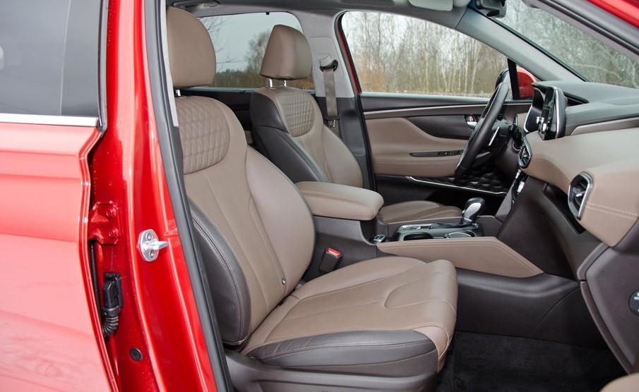 Hyundai Santa Fe 2.0 передние сидения