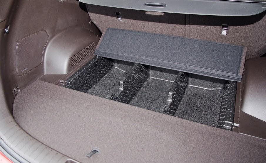 Hyundai Santa Fe 2.0 пол в багажнике