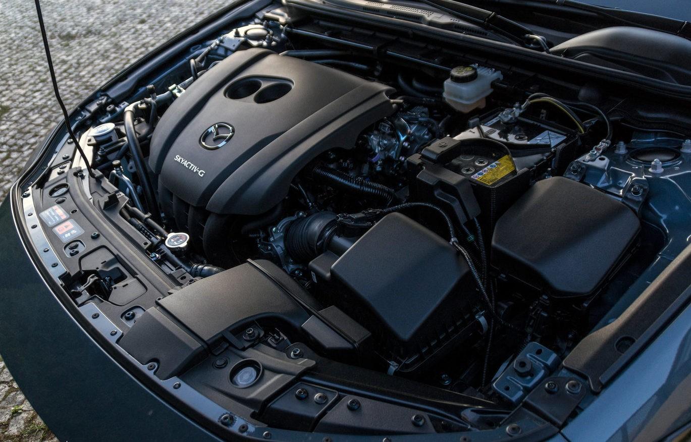 Mazda 3 под капотом