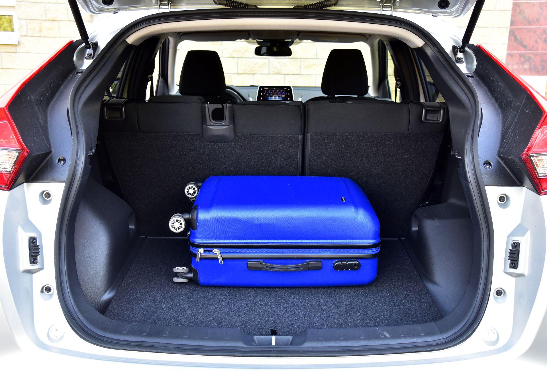 Mitsubishi Eclipse Cross 1.5 багажник