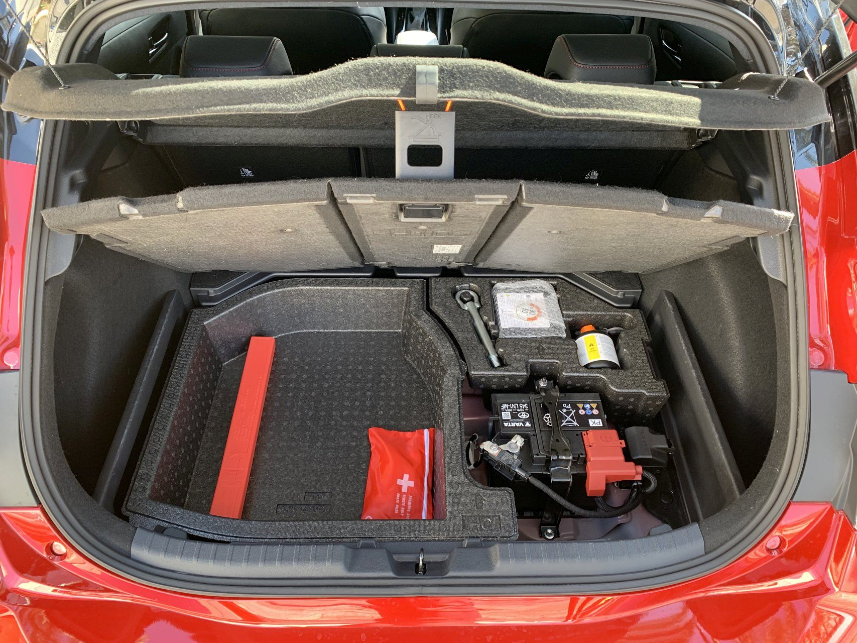 Toyota Corolla вид багажник