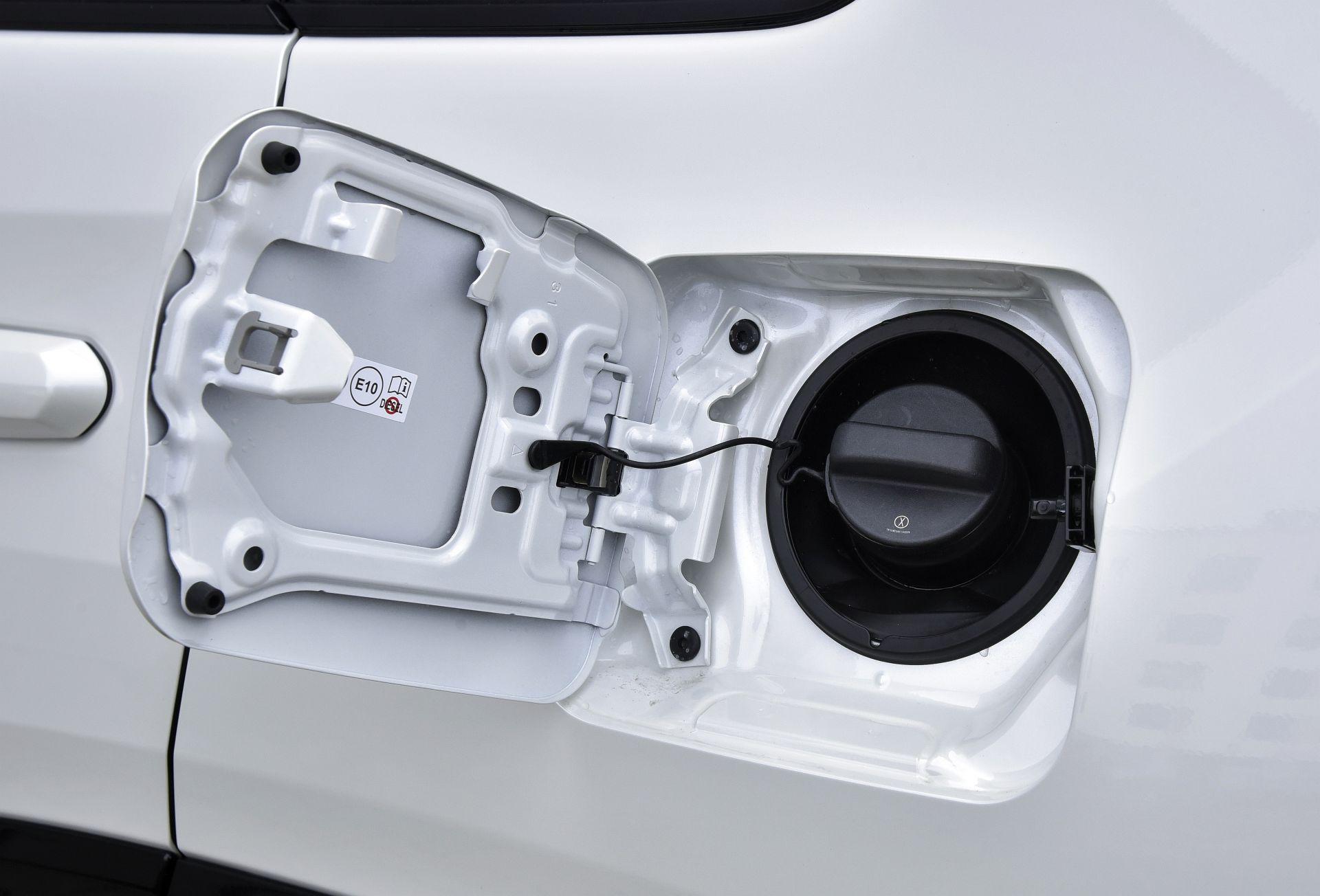 Toyota RAV4 2.5 full