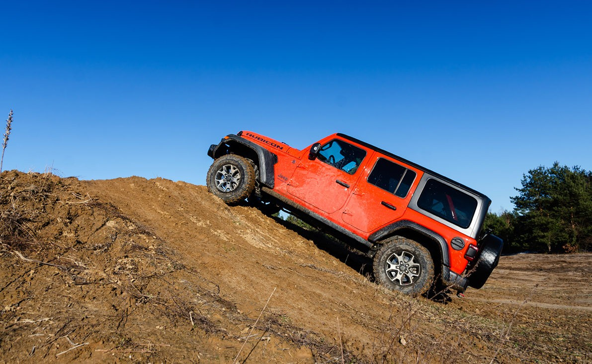 Jeep Wrangler Unlimited внедорожник