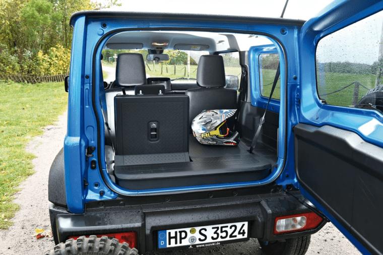 Багажное отделение Suzuki Jimny