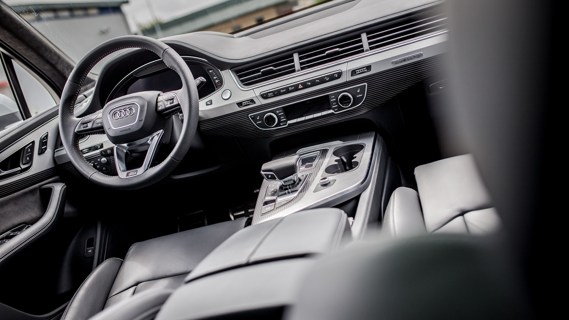 Audi Q7 салон