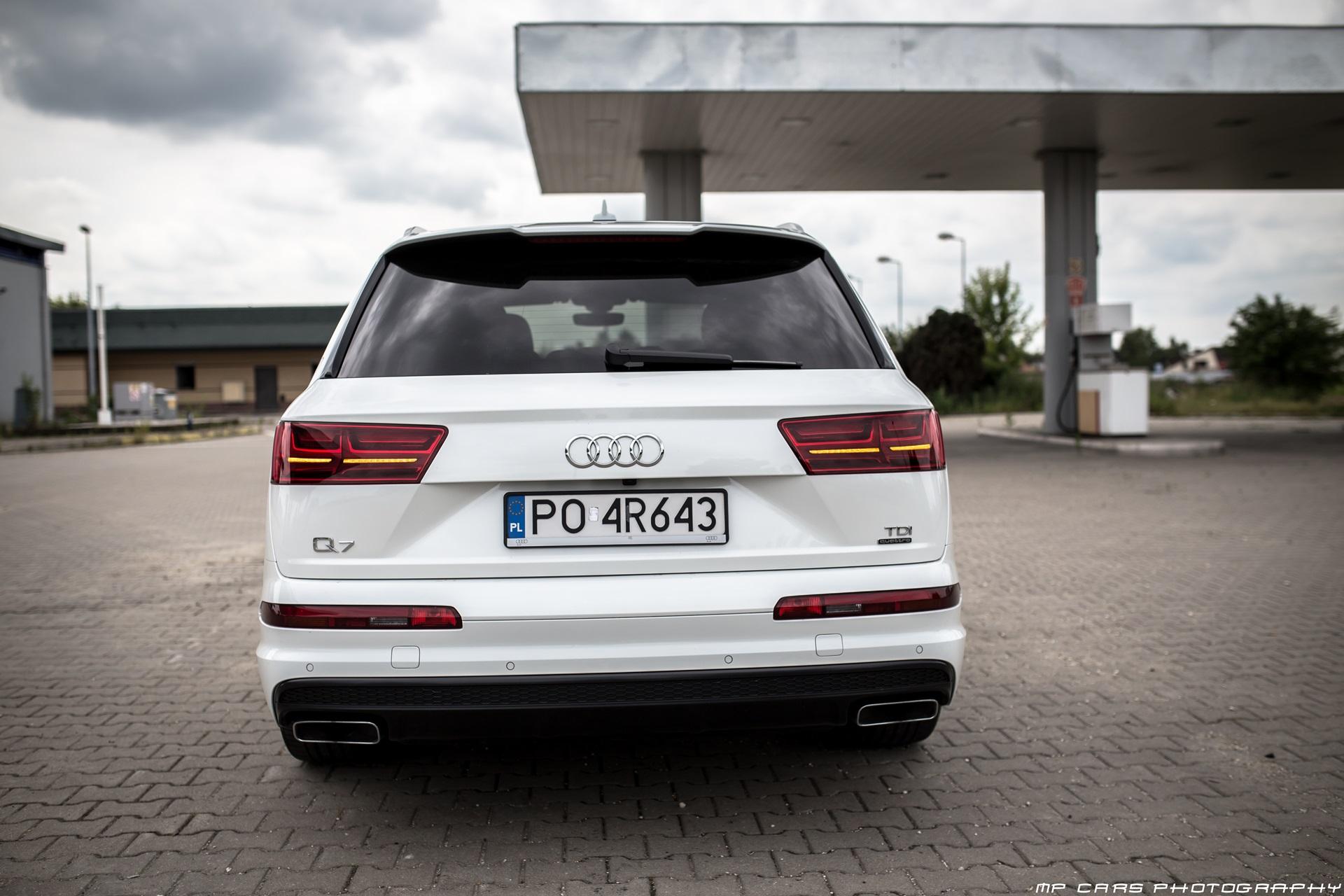 Крышка багажника на новом Audi Q7