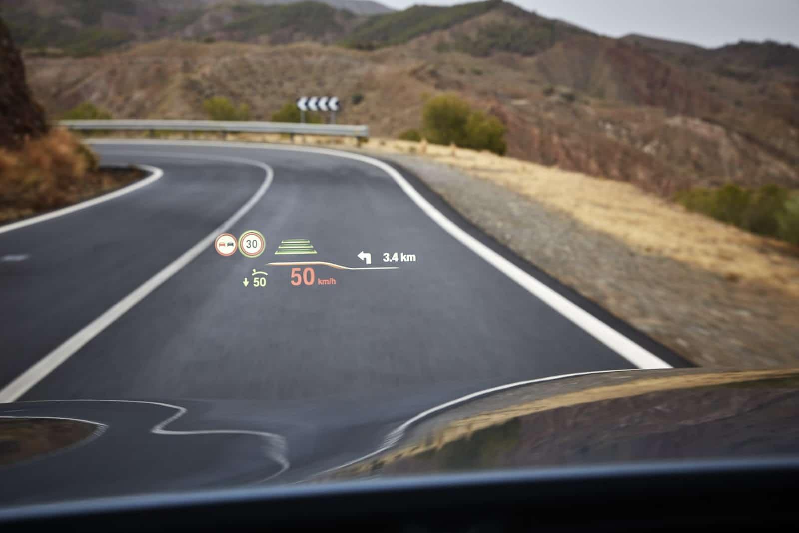 Новый BMW 5 серии дисплей