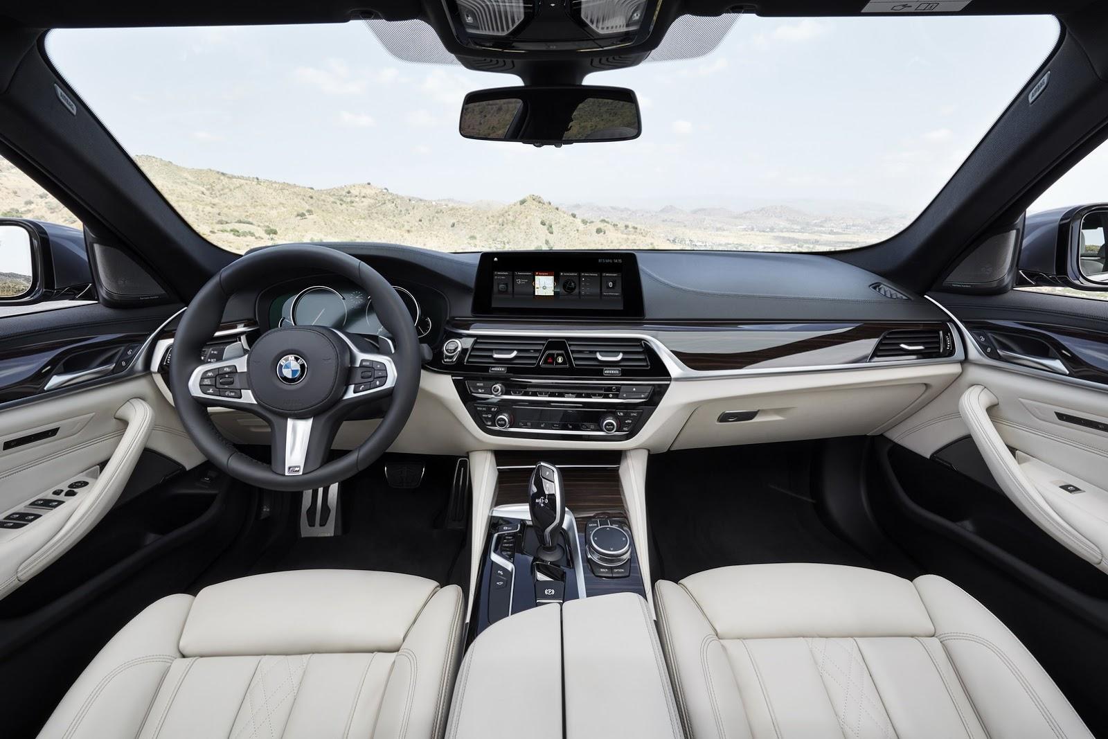 Новый BMW 5 серии салон